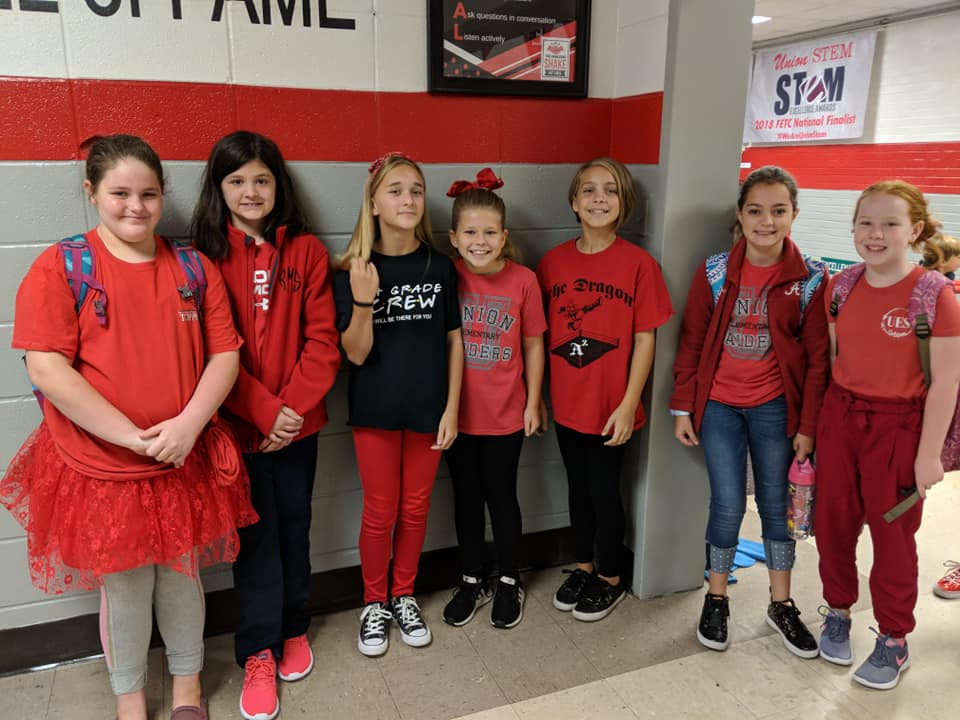 Children dressed in red for Red Ribbon week